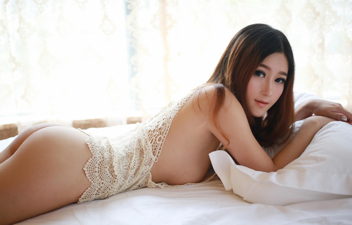 Asian women webcam