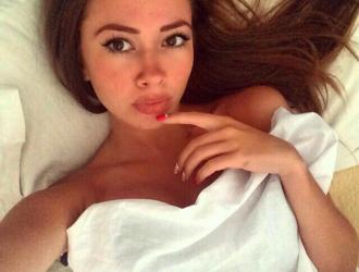 Sexy girl is lying in the bed and hopes to find you on randomchat